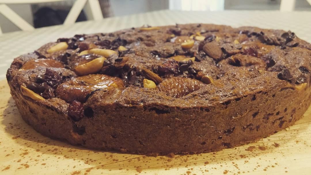 Una torta semplice per consumare la crusca in quarta fase!!! #dulight #quartafase #torta #sweet #cake #fichi #fruttasecca #crusca #oatbran #diet #dieta #dukan #dukanstyle #weight #wheightloss #lightfood #prendilavitaconleggerezza